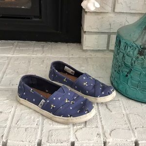 Girls Toms Shoes size 12.5